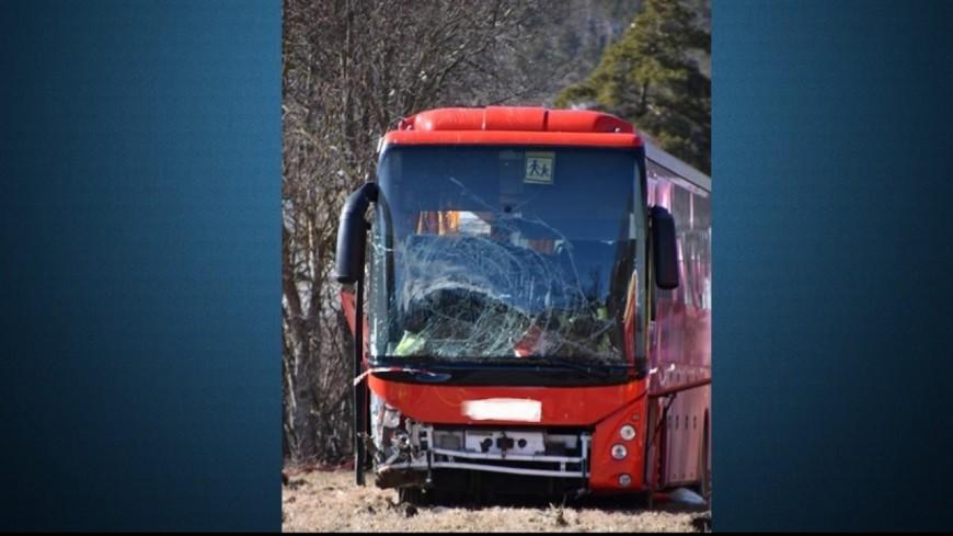 Alpes de Haute-Provence : un car avec 24 enfants à bord se renverse à Seyne les Alpes