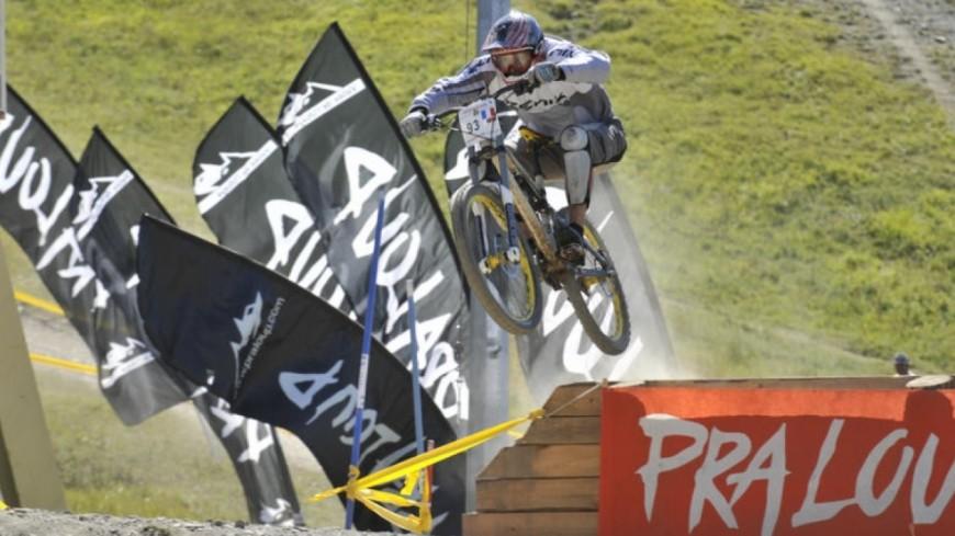 Alpes de Haute-Provence : Praloup entre dans la cour des grands de la compétition en VTT descente