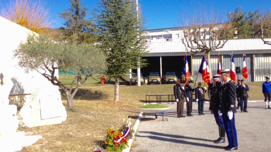 Alpes de Haute-Provence : cérémonie d'hommage pour les gendarmes décédés en service