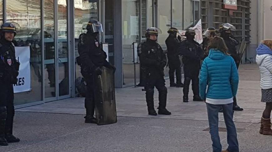 Hautes-Alpes : la gare SNCF de Briançon évacuée ce mardi après-midi