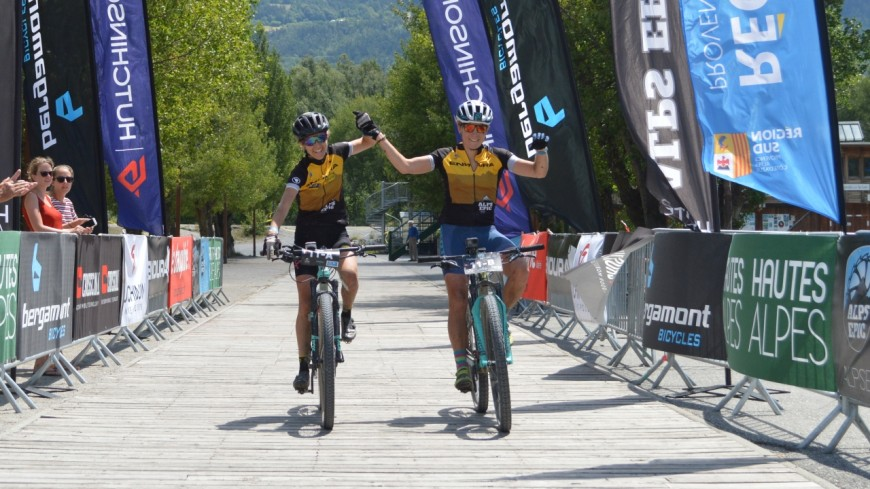 Alpes du Sud : Laetitia Roux et Cornélia Hug remportent l'Alps Epic féminin