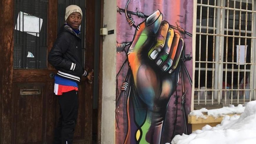 Hautes-Alpes : migrants, « 10 personnes devraient être retrouvées mortes dans les rues de Gap »
