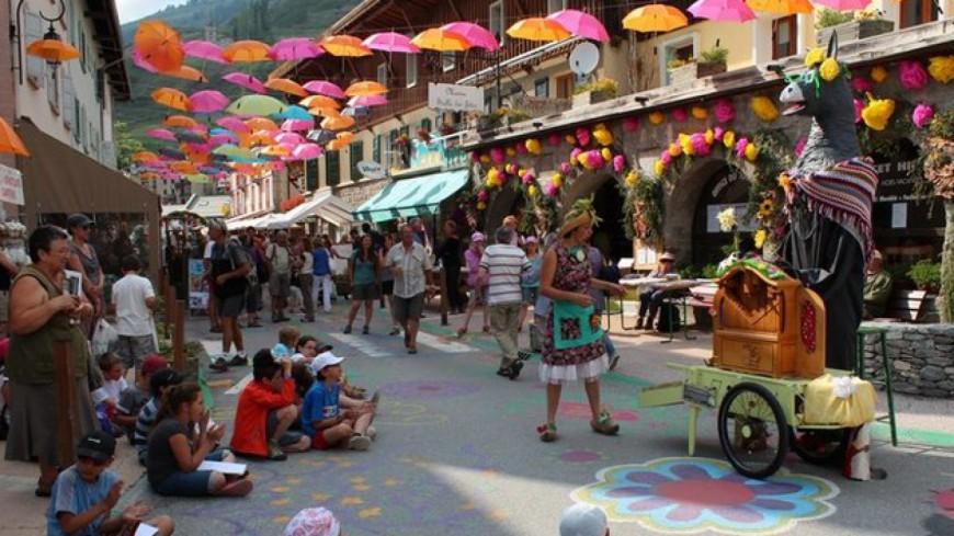 Hautes-Alpes : les dix ans de la Fête de la Fleur à Abriès c'est aujourd'hui