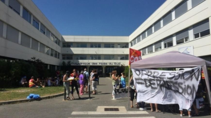 Hautes-Alpes : fin de la grève et départ de la directrice de la polyclinique de Gap