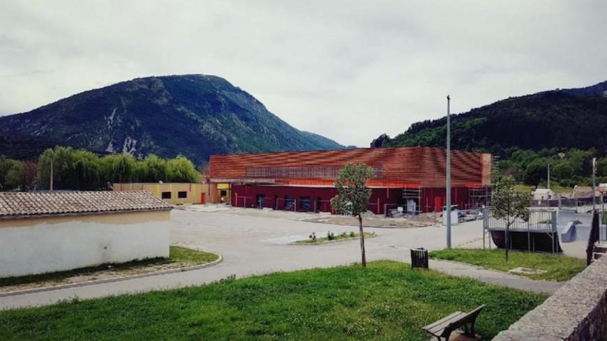 Alpes de Haute-Provence : gymnase « Gilbert Sauvan » de Castellane, bien plus qu'une inauguration