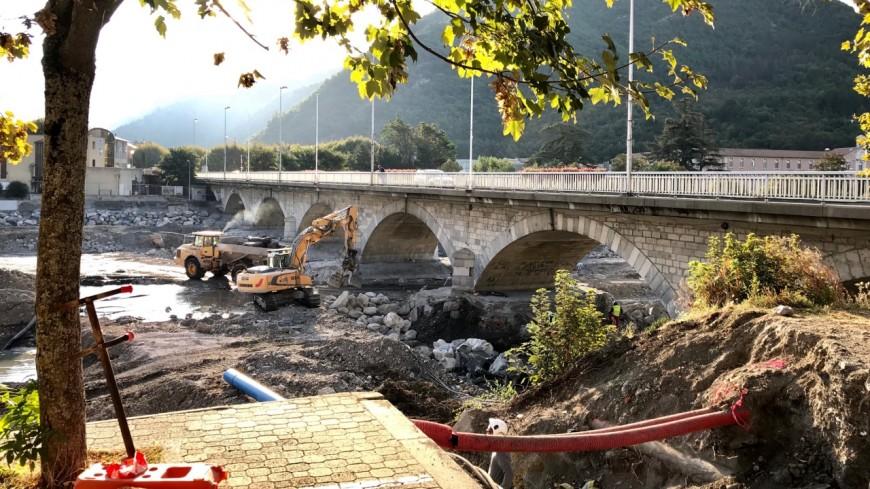 Alpes de Haute-Provence : Digne-les-Bains, les travaux sur le grand Pont ont repris