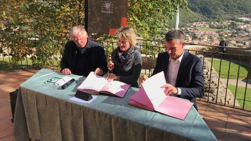 Alpes de Haute-Provence : le Géoparc Haute-Provence pousse les murs entre les intercommunalités