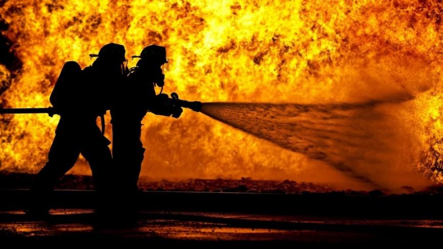 Alpes de Haute-Provence : un entrepôt part en flammes à Forcalquier, 5 personnes au chômage technique