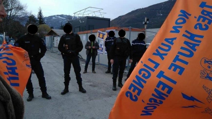 Hautes-Alpes : mobilisation des anti-THT à Saint-Crépin