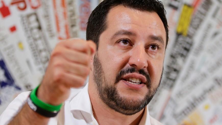 Hautes-Alpes : reconduite en Italie de deux migrants par des gendarmes, Mattéo Salvini dénonce une « honte nationale »