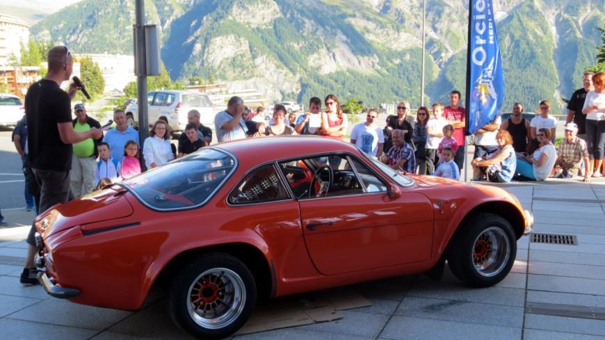 Hautes-Alpes : la 10e Montée Historique de voitures anciennes à Orcières