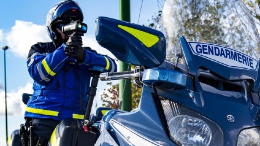 Alpes de Haute-Provence : sans permis à bord d'une moto 650cm3
