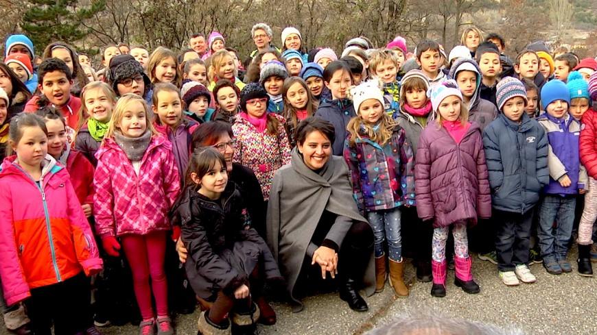 Alpes du Sud : N.Vallaud-Belkacem présente sa politique en faveur de l'école rurale