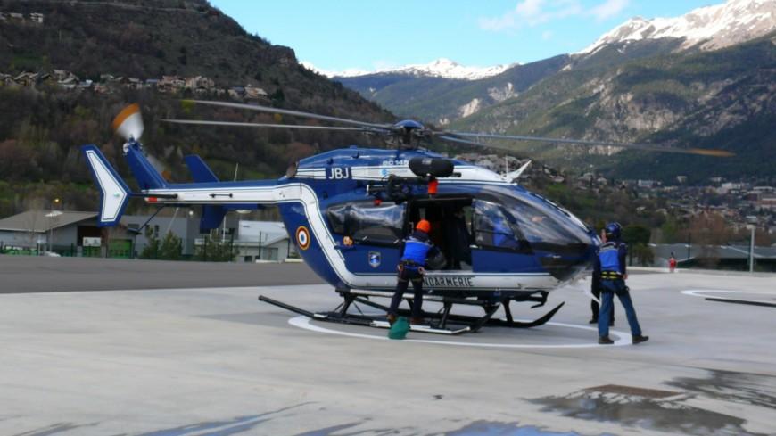Hautes-Alpes : un homme évacué sur Grenoble après un accident de snowboard
