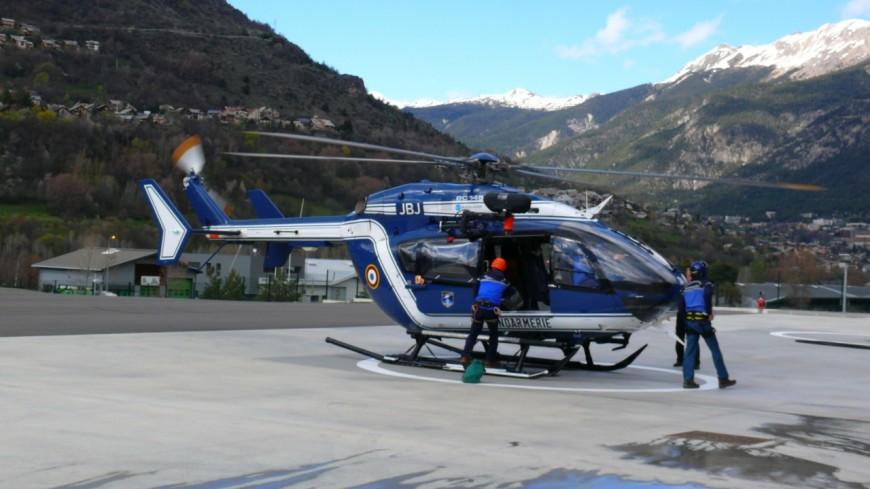 Hautes-Alpes : une femme chute de plusieurs mètres en randonnée