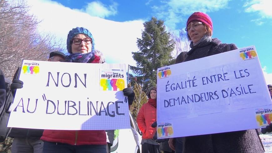 Hautes-Alpes : Briançon, 70 manifestants pro-migrants devant la sous-préfecture