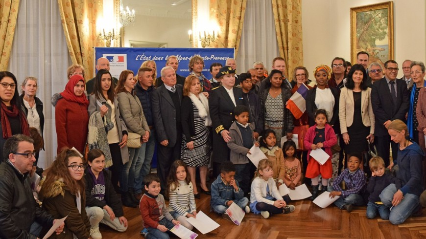 Alpes de Haute-Provence : 70 personnes, de 30 pays différents ont accédé à la nationalité française