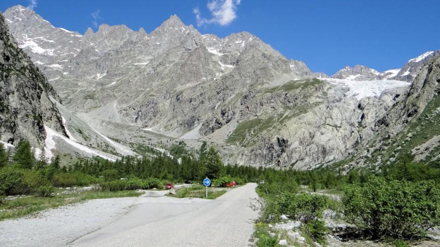 Hautes alpes la route du pr de madame carle rouvre for Haute route des alpes