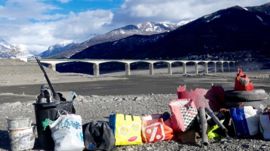 Hautes-Alpes : 12.000 litres de déchets plastiques amassés dans le Lac de Serre-Ponçon
