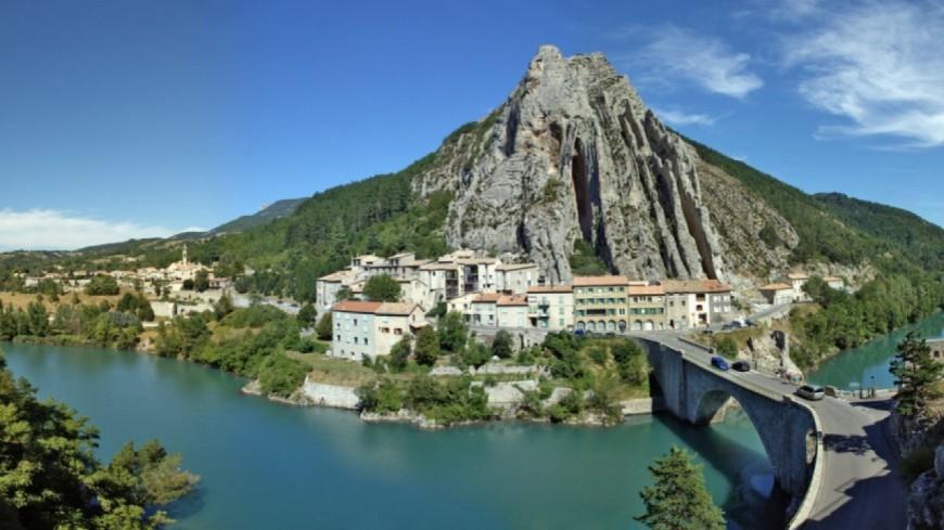 Alpes de haute provence la ville de sisteron multiplie les chantiers - Office du tourisme de sisteron ...