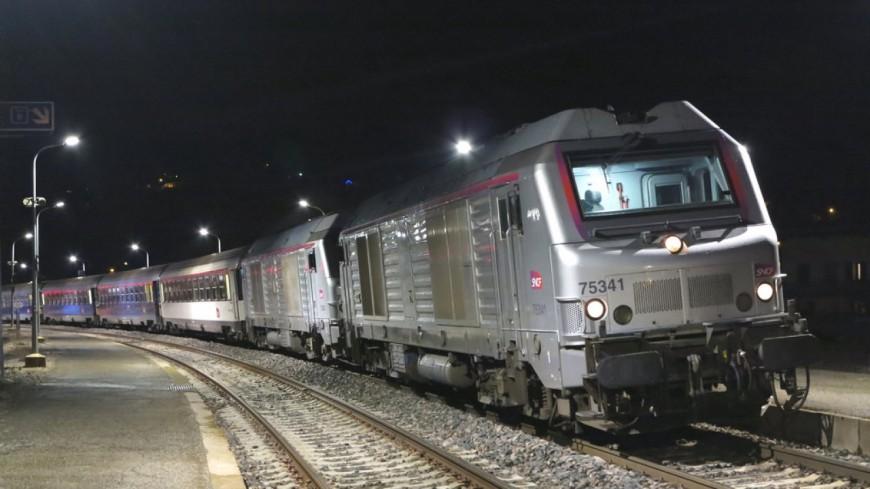 Hautes-Alpes : train de nuit Paris-Briançon, modernisation des locomotives, des couchettes et renforcement des trains
