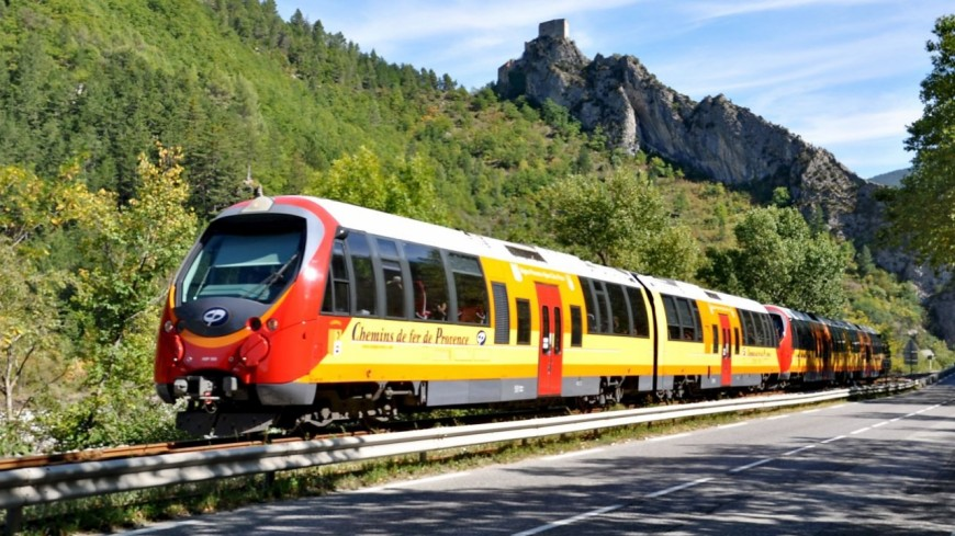 Alpes de Haute-Provence : le Routard vous embarque dans le Train des Pignes