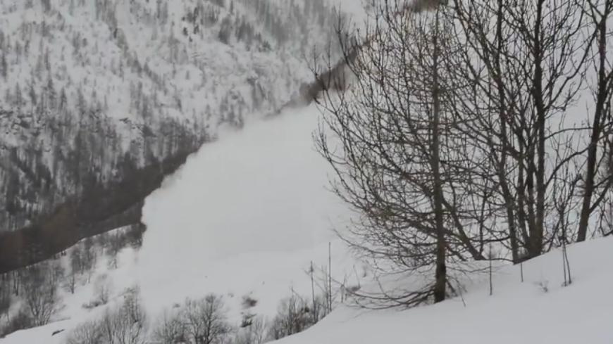 Hautes-Alpes : une vidéo témoigne d'une avalanche dans le Champsaur