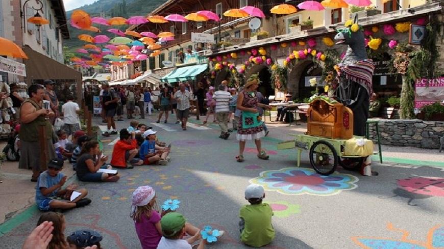 Hautes-Alpes : Fete des fleurs à Abriès ce vendredi 14 juillet