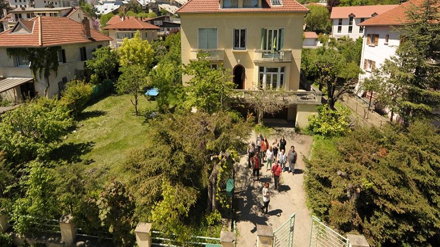 """Hautes-Alpes : Découverte du Groupement d'entraide mutuelle """"Passe-muraille"""" à Gap"""