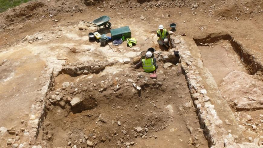 """Le Supplément : """"archéologie, réfléchir ensemble au passé des Alpes qui est fragmentaire"""", B. Vigié et L. Para"""