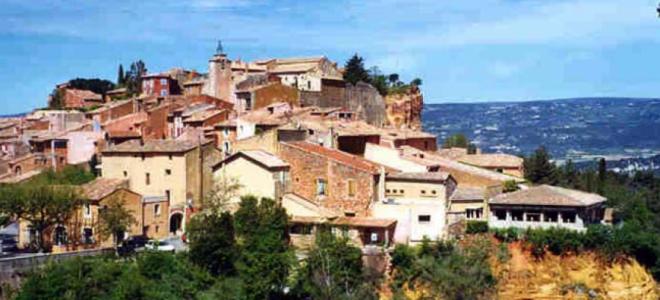Alpes de Haute-Provence : une souscription pour rénover le village médiéval de Céreste