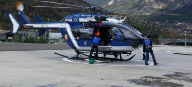Alpes de Haute-Provence : un motard victime d'un malaise cardiaque à Castellane