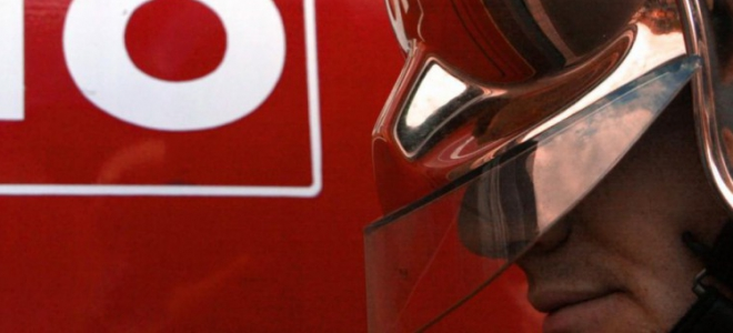 Hautes-Alpes : un automobiliste se retrouve coincer sur la rambarde d'un pont de Briançon