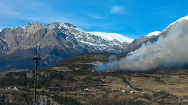 Hautes-Alpes : un incendie s'est déclaré dans le Savinois